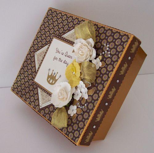 Happy Birthday Your Majesty Gift Box C